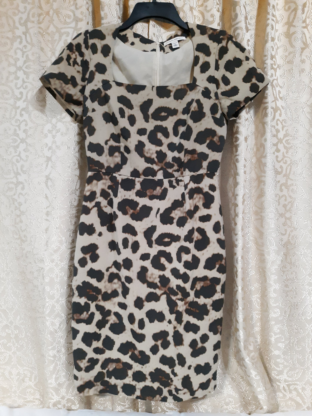 Womens  Banana Republic Short Sleeve Stretch Dress Size 2
