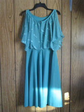 Womens Vintage Dress Long Size M 8/10 with Slit Sleeves RARE Greenish