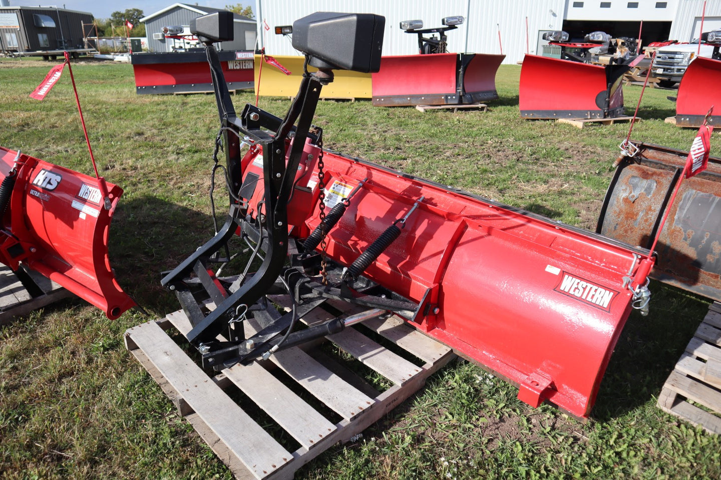 "WESTERN® Snowplow #1806, 7'6"" Standard Steel Straight Blade, Unimount, Repainted and Refurbished"