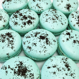 Cookies n Cream Macarons