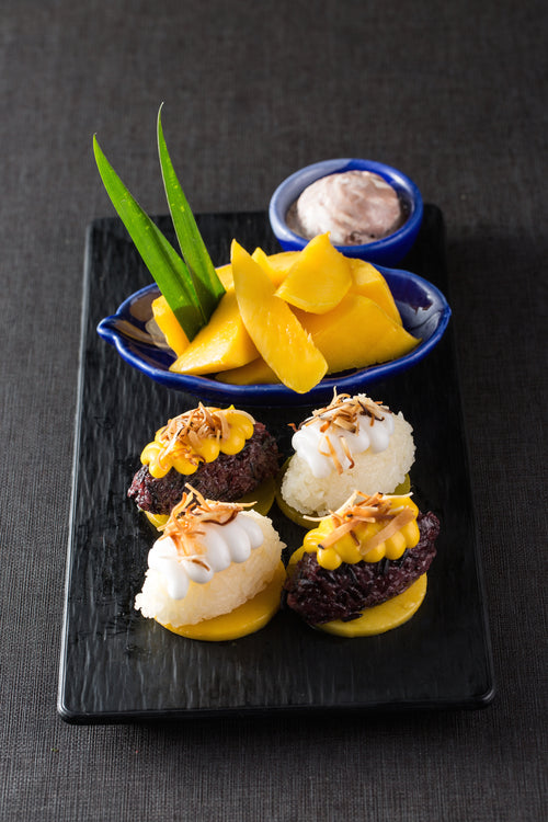 Mango Sticky Rice 芒果糯米飯