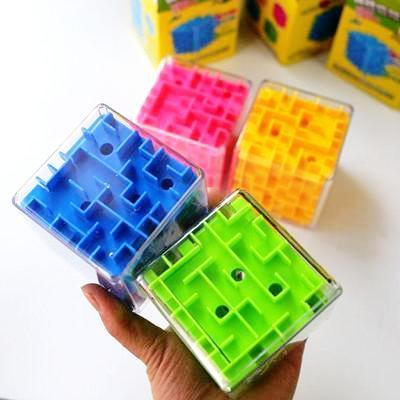 Image of 4 colour with hand 3D Cube Maze Toy Puzzle Game Brain Teaser Labyrinth Rolling Ball -Puzzle Toys