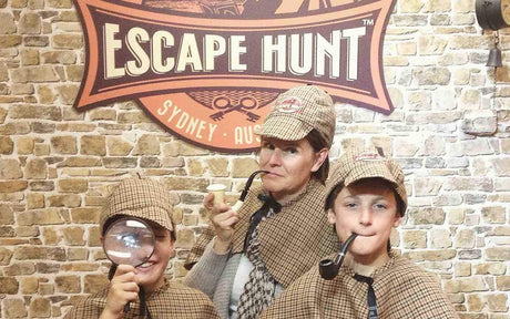 Escape Hunt - Become a Detective!
