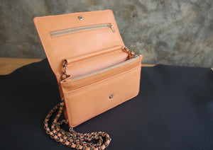 Wallet on Chain Leather Pattern