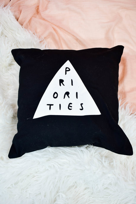 priorities cushion
