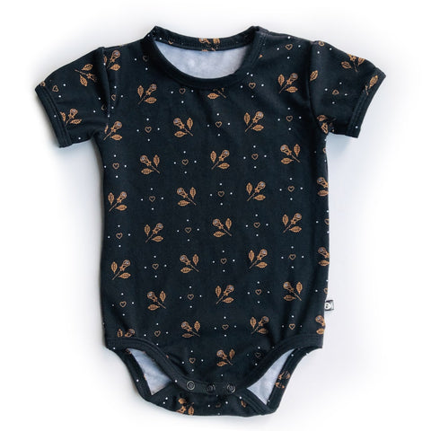 Hearts and Roses Baby Onesie - Teeny Rockers