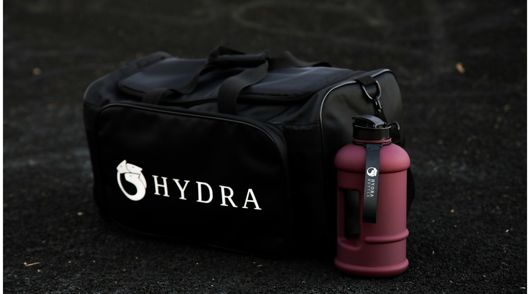 Hydra duffle bag & 1L water bottle