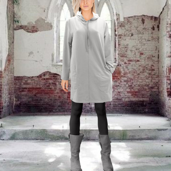 Sweater jurk gemaakt van soft sweat bio katoen/ Sweater dress made of soft brushed organic cotton