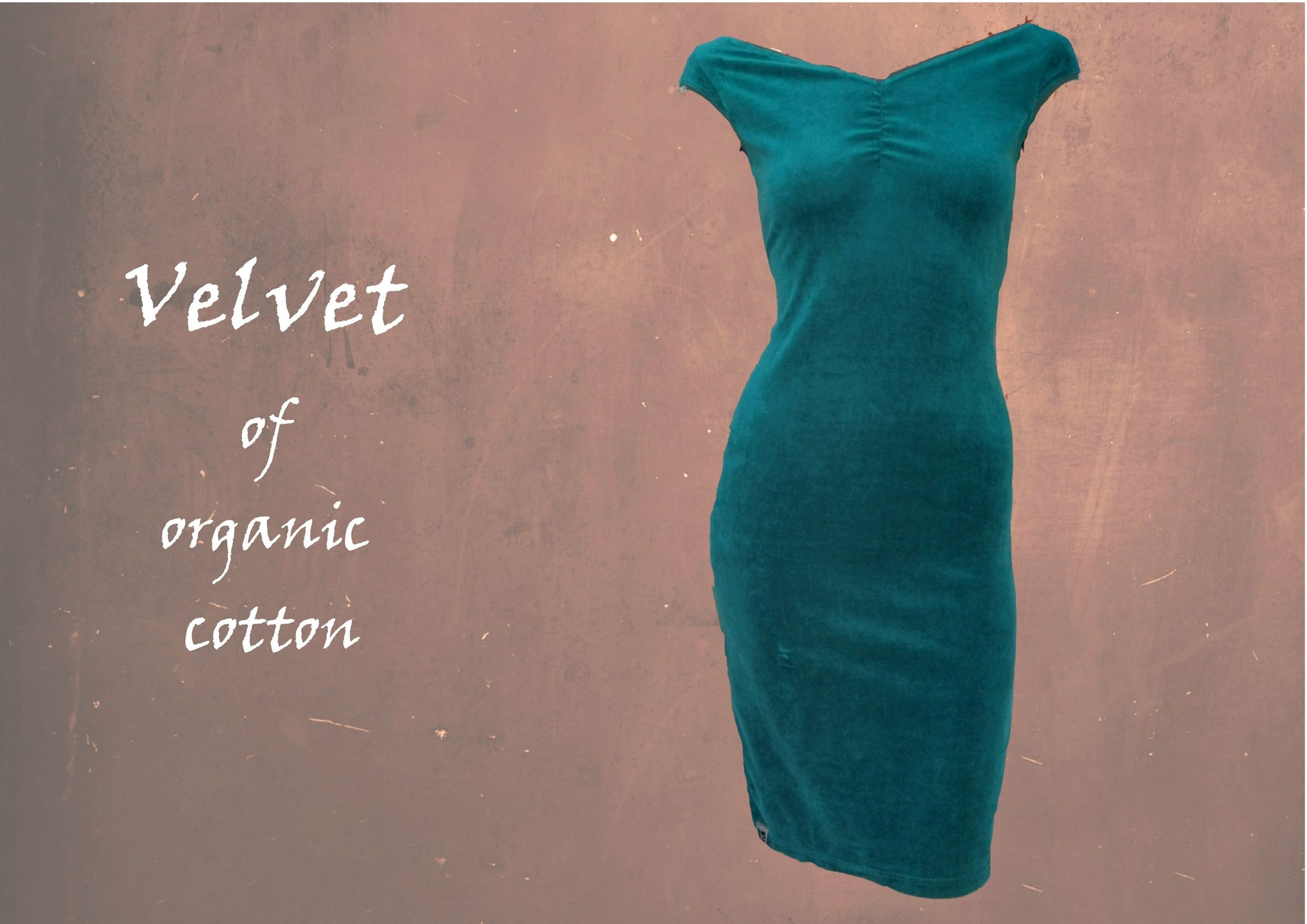 velours jurk met kapmouwtje en boothals / velvet pencil dress
