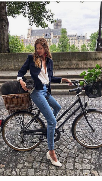 WHAT MY YEARS IN PARIS TAUGHT ME ABOUT FRENCH FASHION