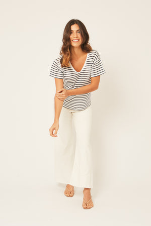 Blue and White 100% Linen T-Shirt - Nautical Style V Neck