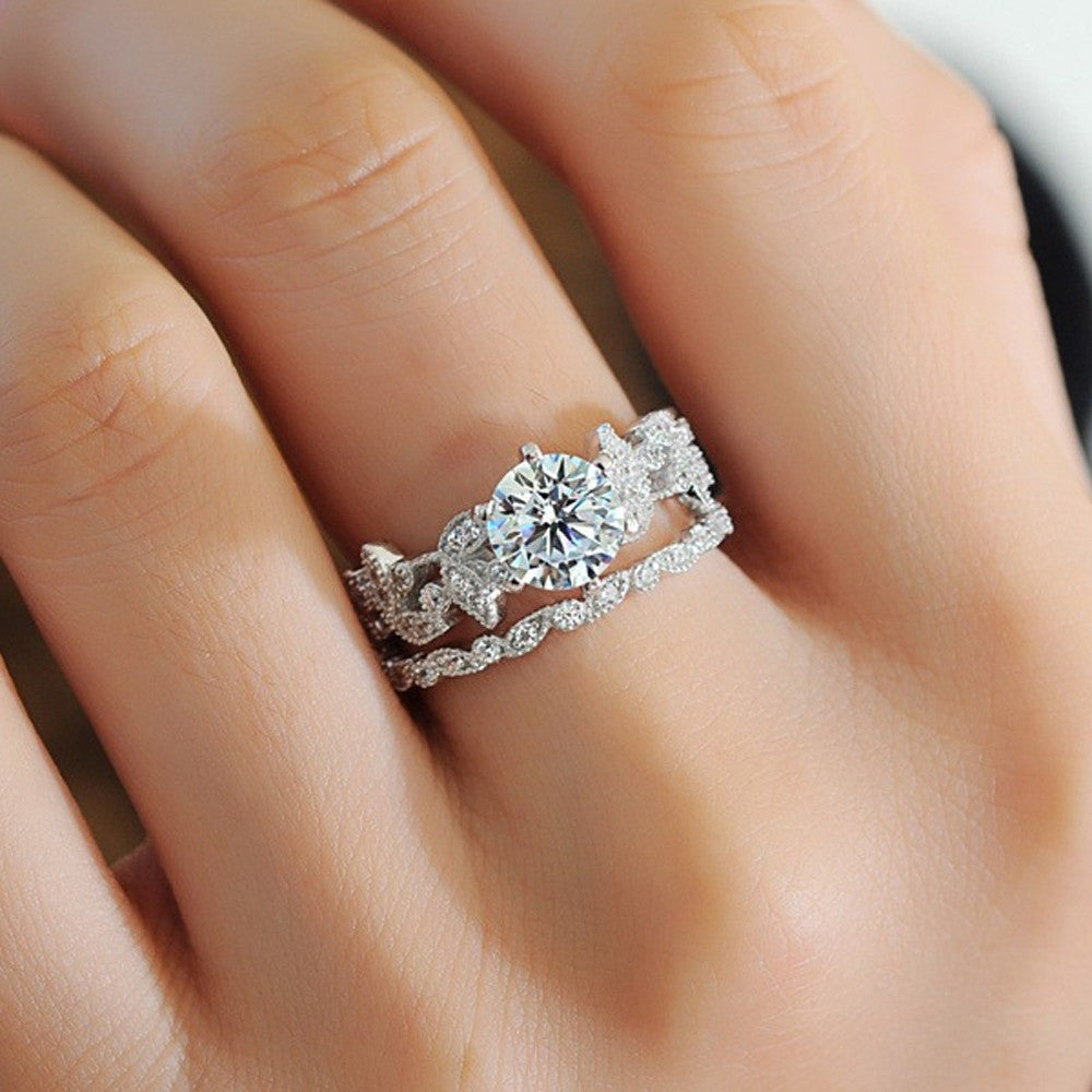 Unique Leaf Design White Diamond Wedding Engagement Ring