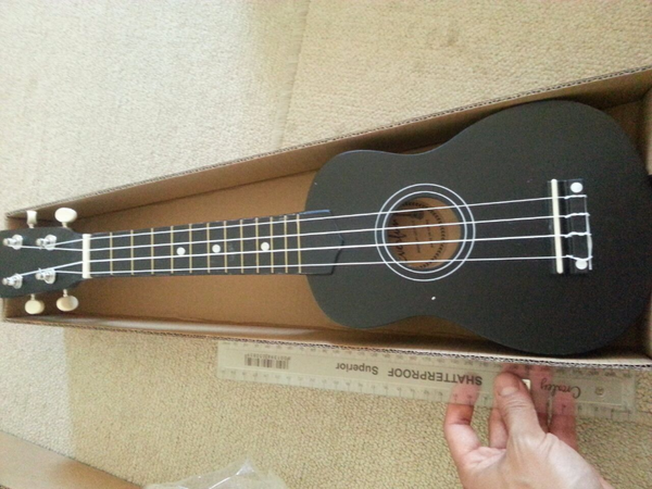 Brand new, 55cm, Ukulele Musical Instrument ~ Black