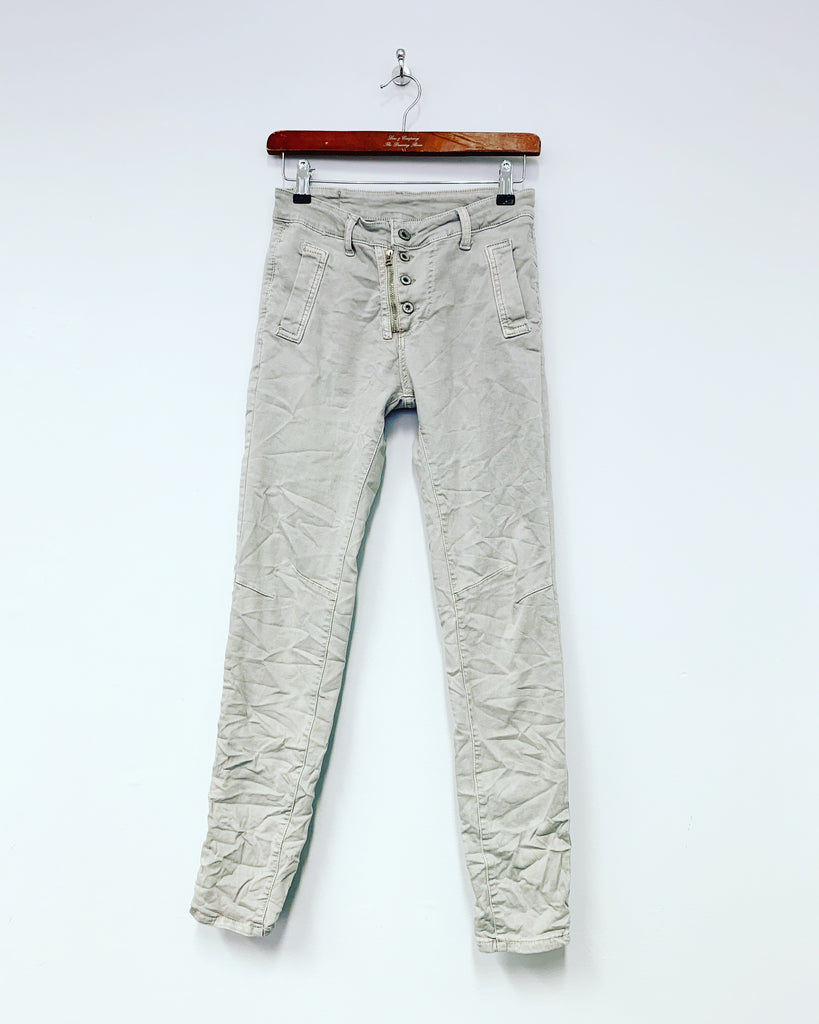 Jean Lux Light Grey
