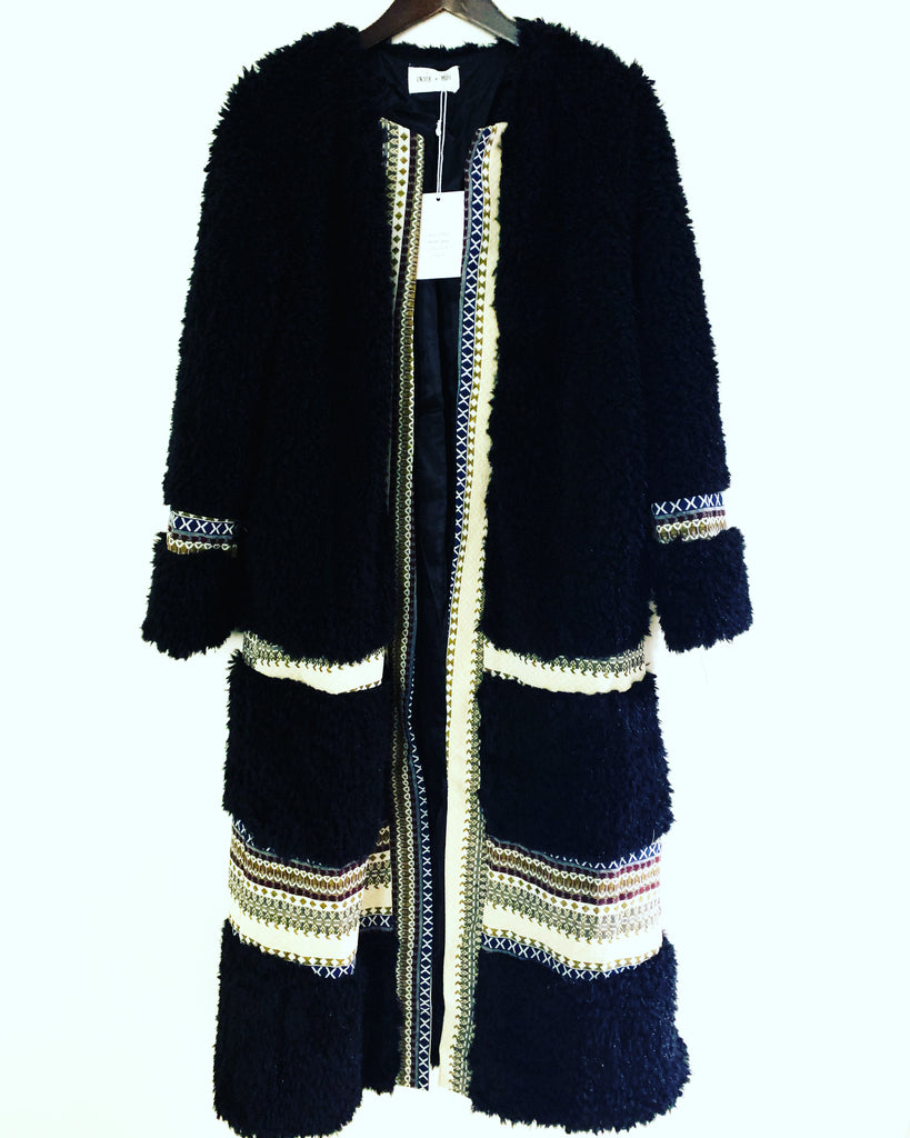Willow Coat Black
