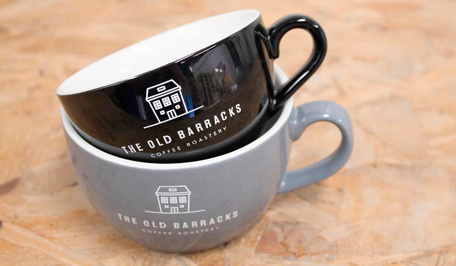 Put your logo on Genware cups, with no minimum order quantity!