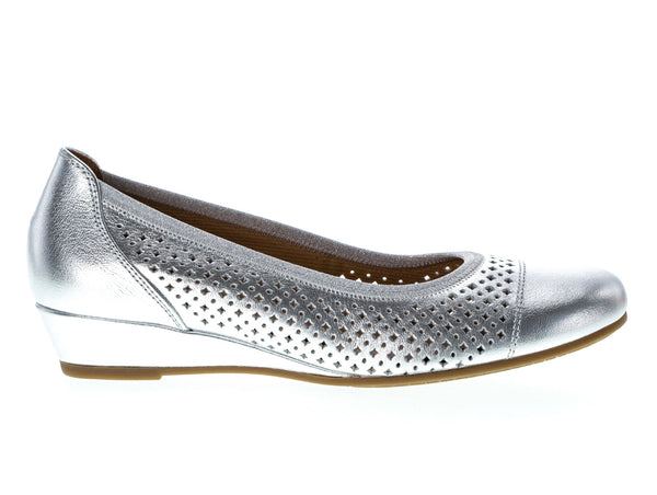Gabor 62.695.61 in Silver outer view