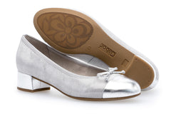 Gabor 85.461.69 in Silver sole view