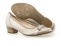 Gabor 22.205.22 in Nude Leather sole view
