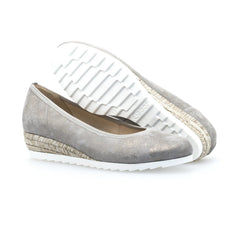 Gabor 22.641.93 in Taupe sole view