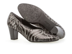 Gabor 32.161.17 animal print sole view