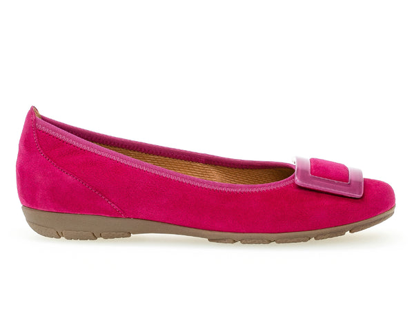 Gabor 44.164.10 fuschia outer view