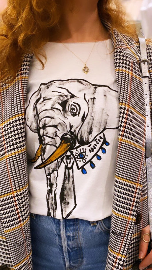 Hand Drawing T-shirt /Elephant