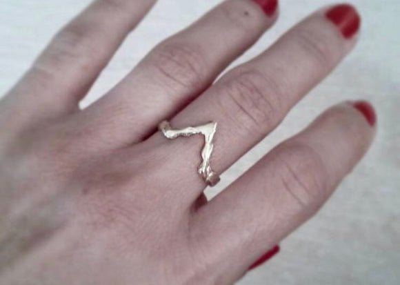 Gold-plated bronze  triangle ring