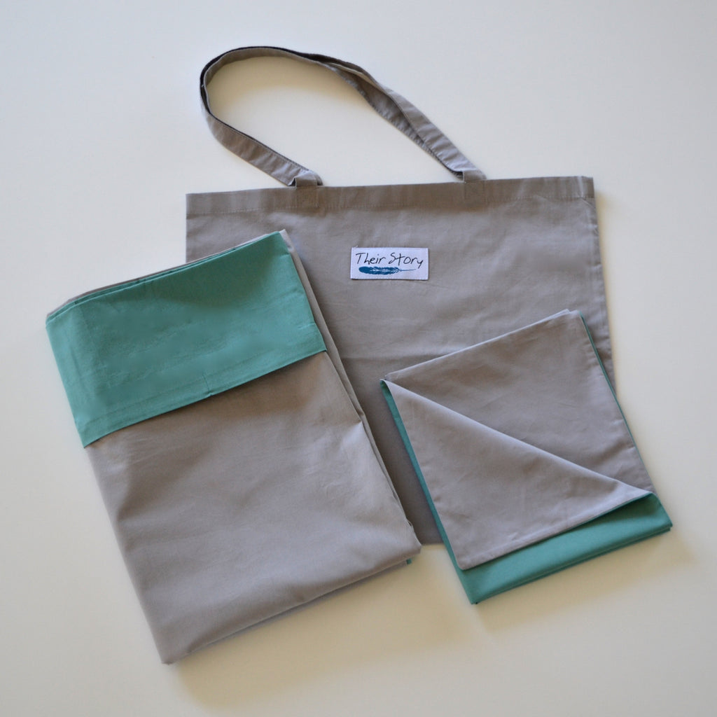 JUNIOR SENGETØJ - ØKOTEX - COLD HAWAII/NATURE GREY - MED MULEPOSE