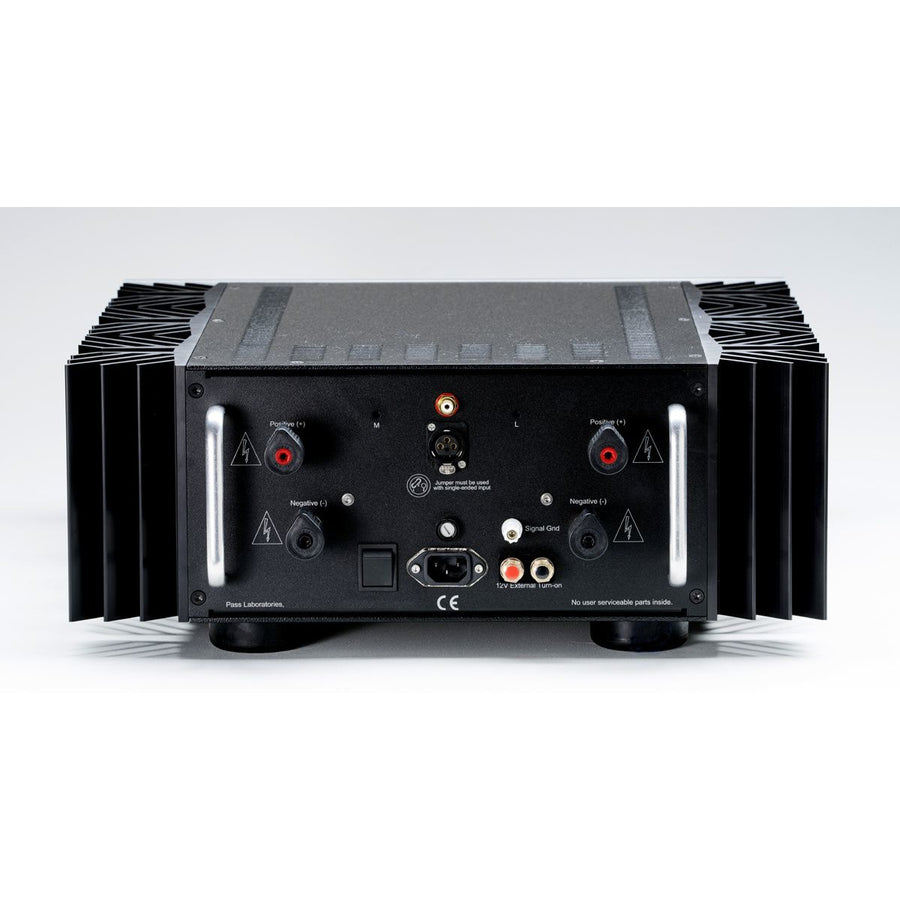 Pass Labs X260.8 Amplifier