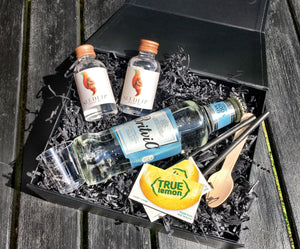 non-alcoholic gin and soda gift box
