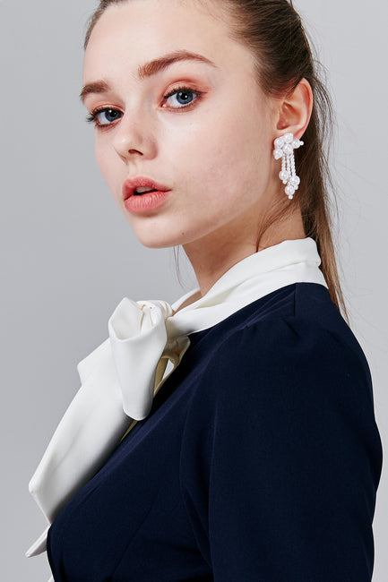 Pearl Stud Earrings | OROSHE