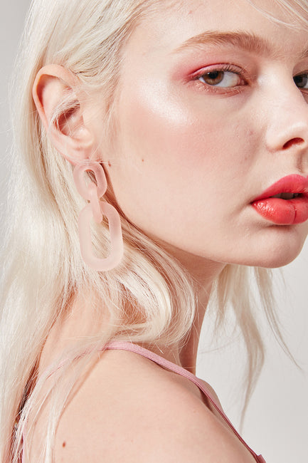 Translucent Link Chain Earrings | OROSHE