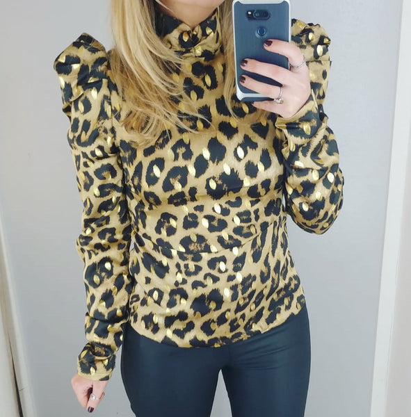 Leopard Puff Shoulder Top