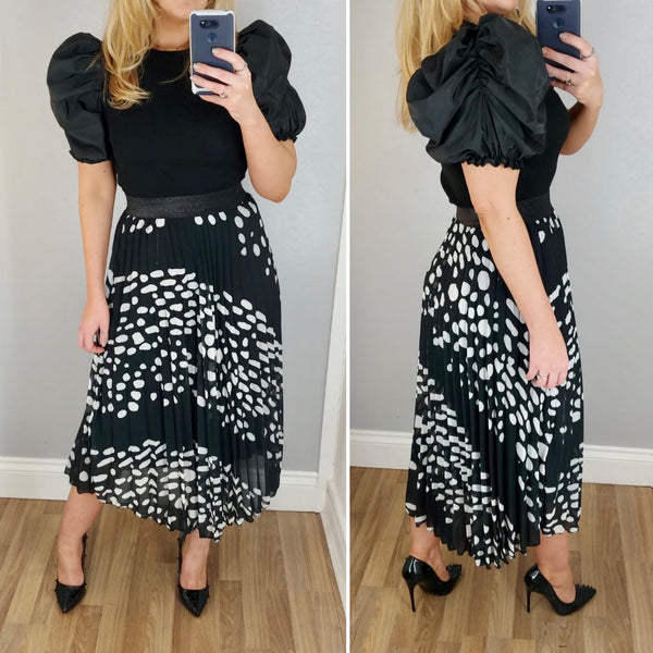 Spotty Pleat Skirt Black