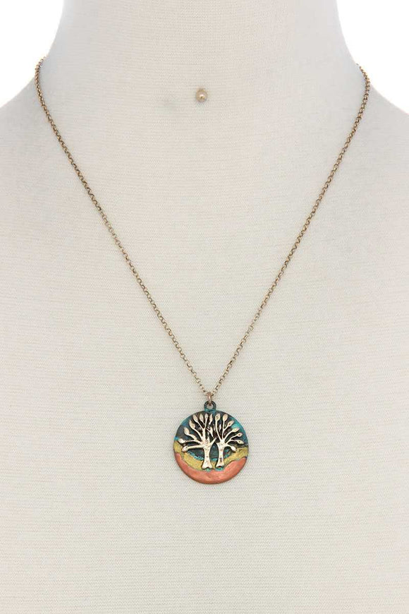 Oak tree circle pendant necklace