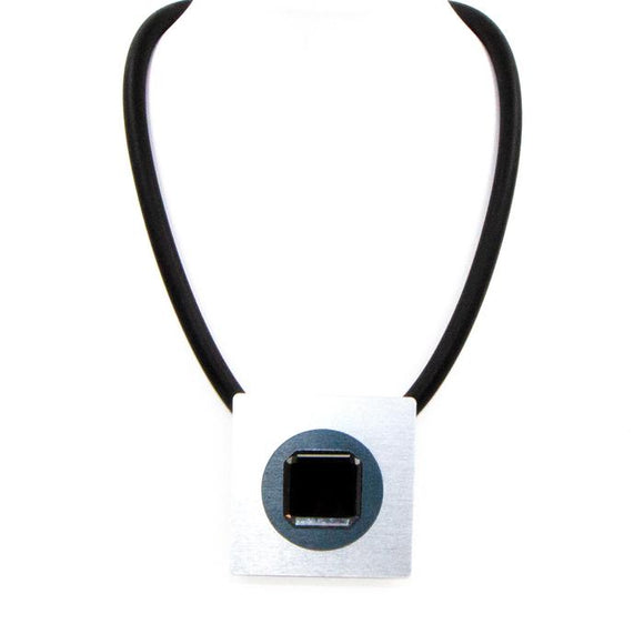 SHORT NEOPRENE NECKLACE WITH SQUARE PENDANT AND BLACK DIAMOND CRYSTAL CENTRE