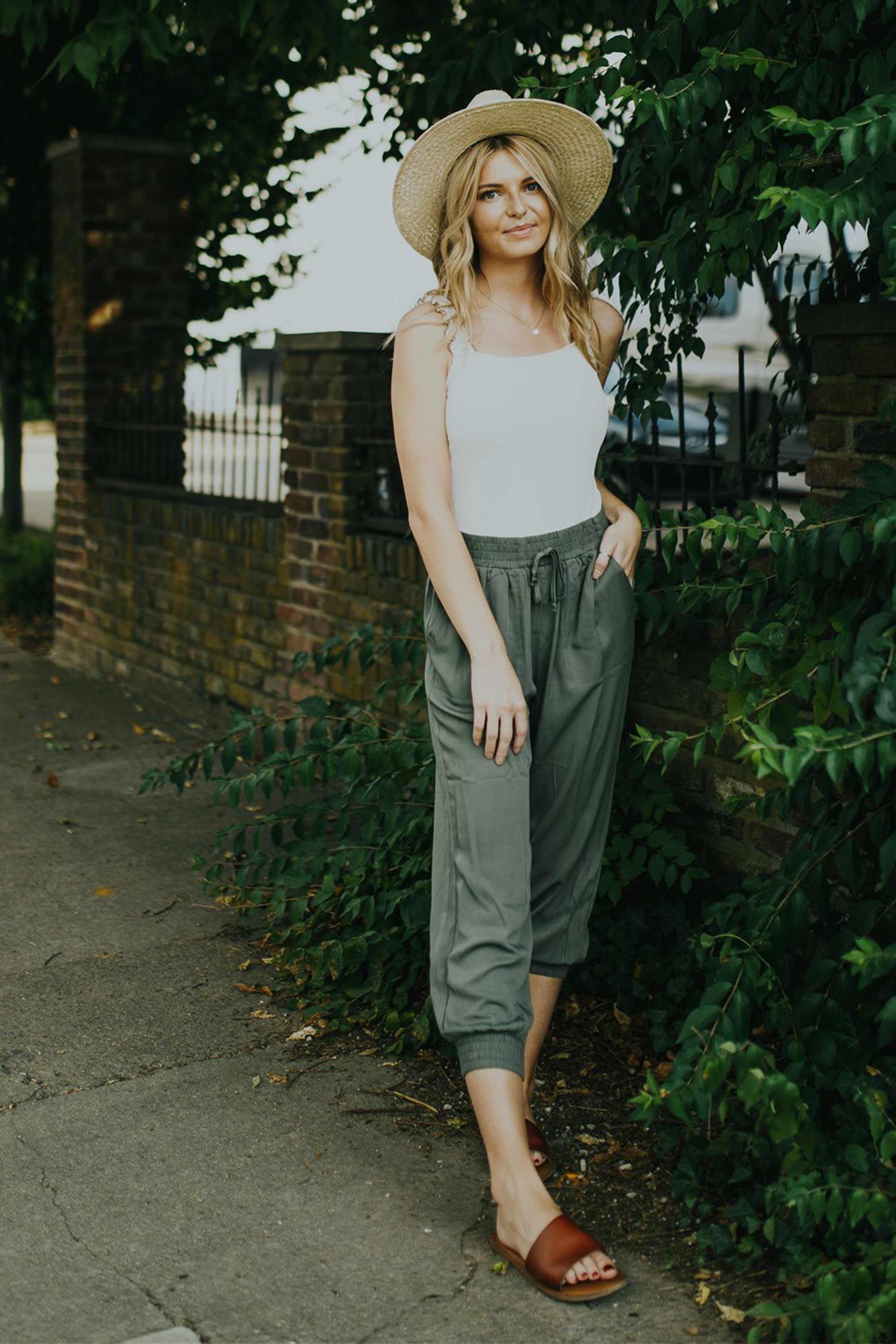 March in Uniform Pants - Olive