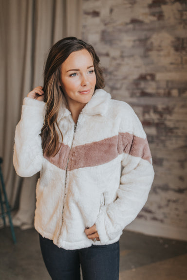 On Cloud Line Jacket