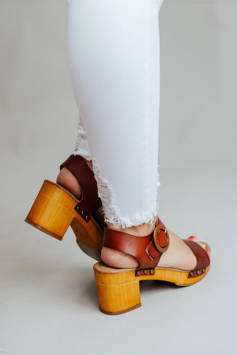 Suzzette Shoes - Cognac