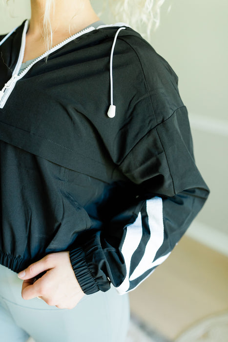 Windbreaker Crop Jacket - Black