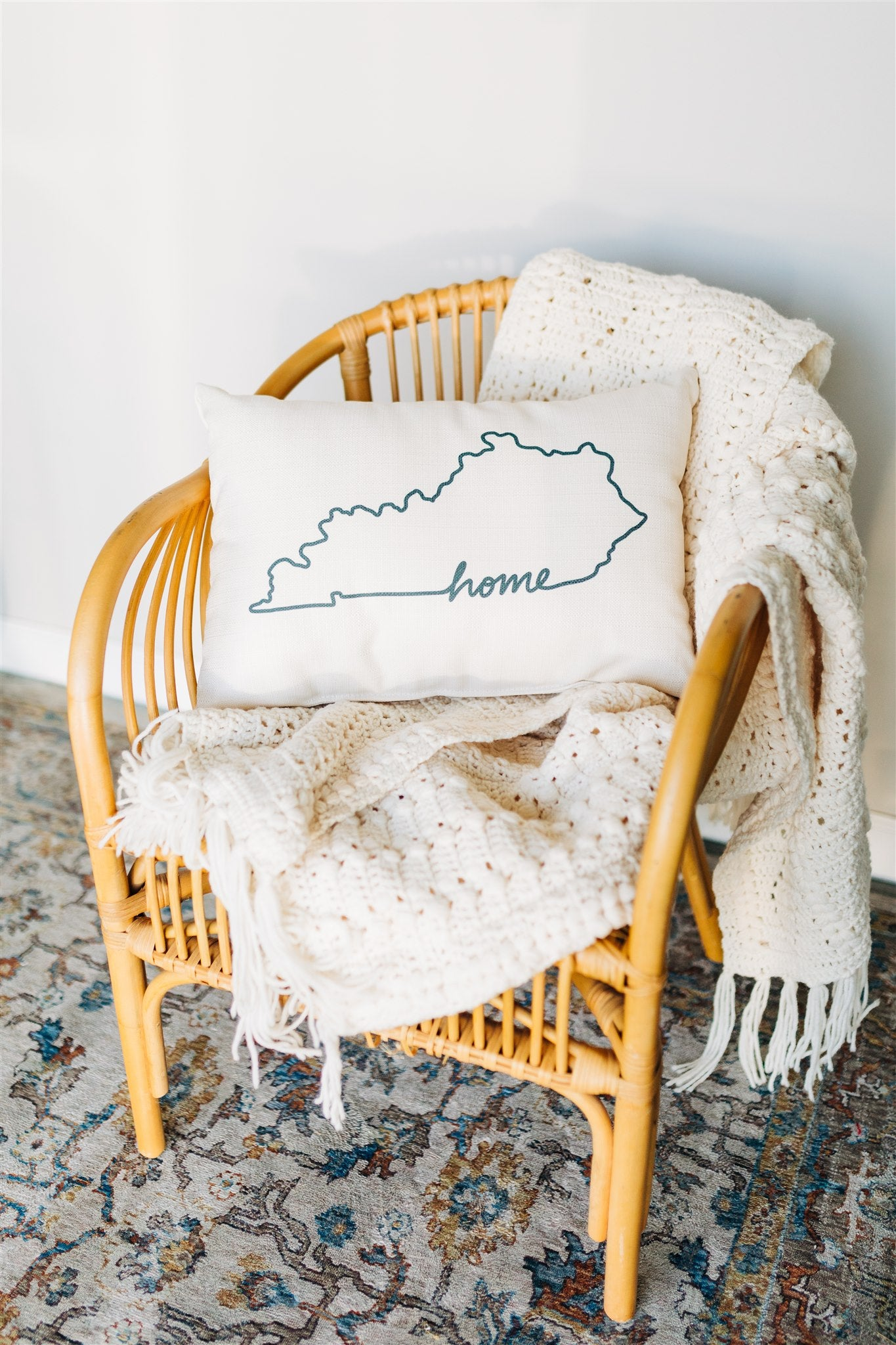 Kentucky Outline Pillow