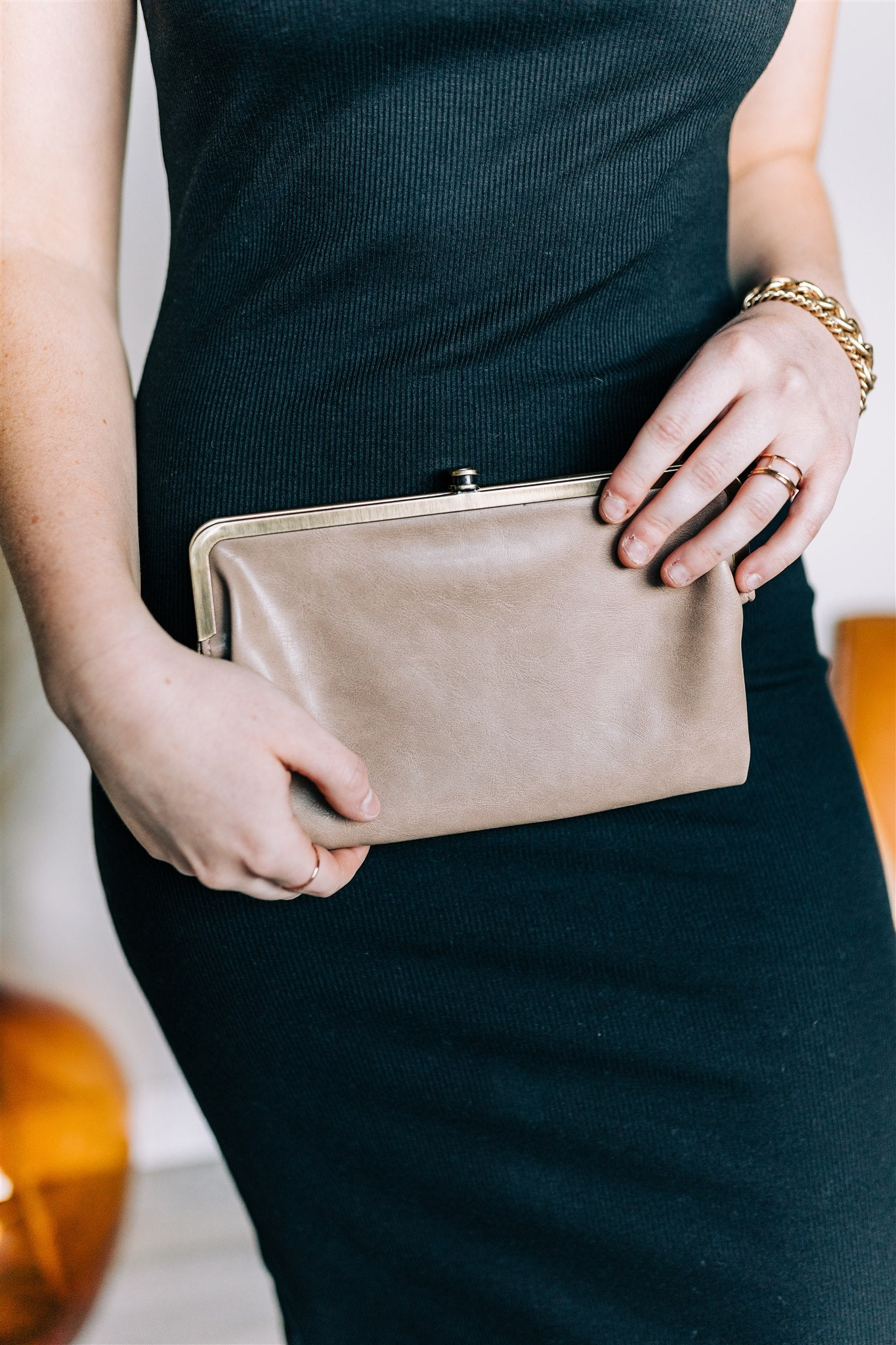 Old Fashioned Wallet - Nude