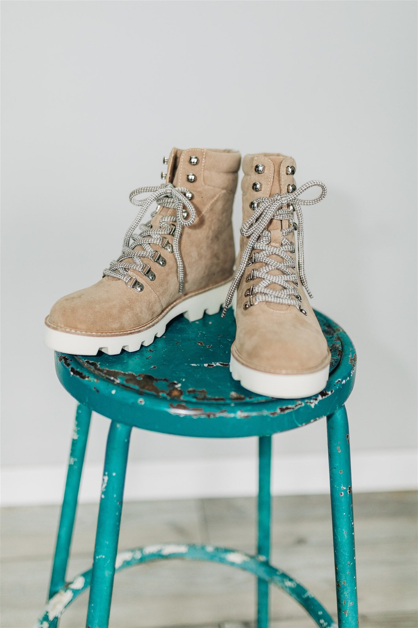 Arlene Hiking Boot - Khaki