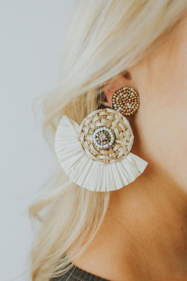 Rattan Circle & Raffia Fan Earrings - Ivory