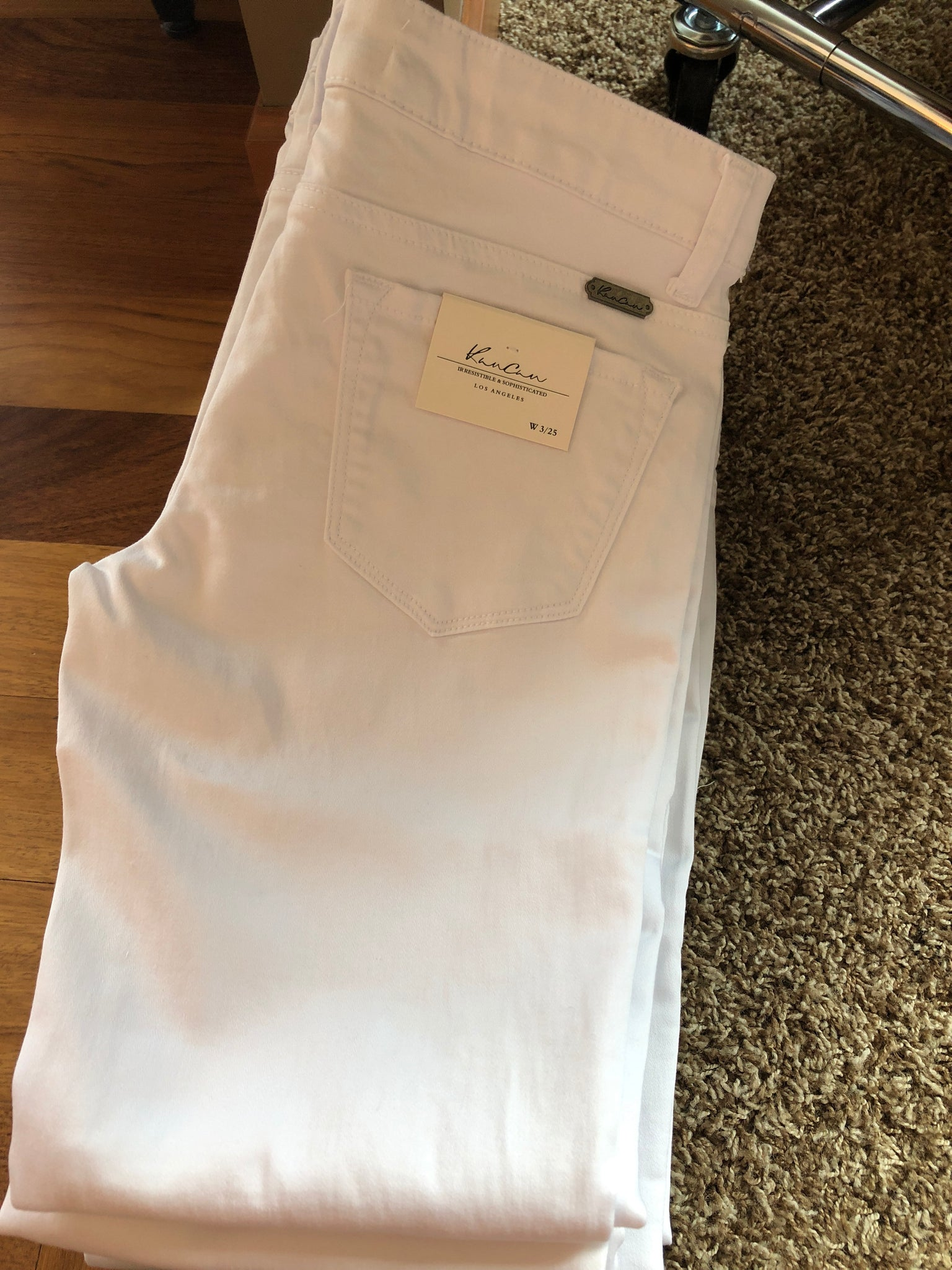 KC White Pattern Thigh Jeans