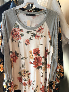 White Floral Stripe Sleeve Curvy
