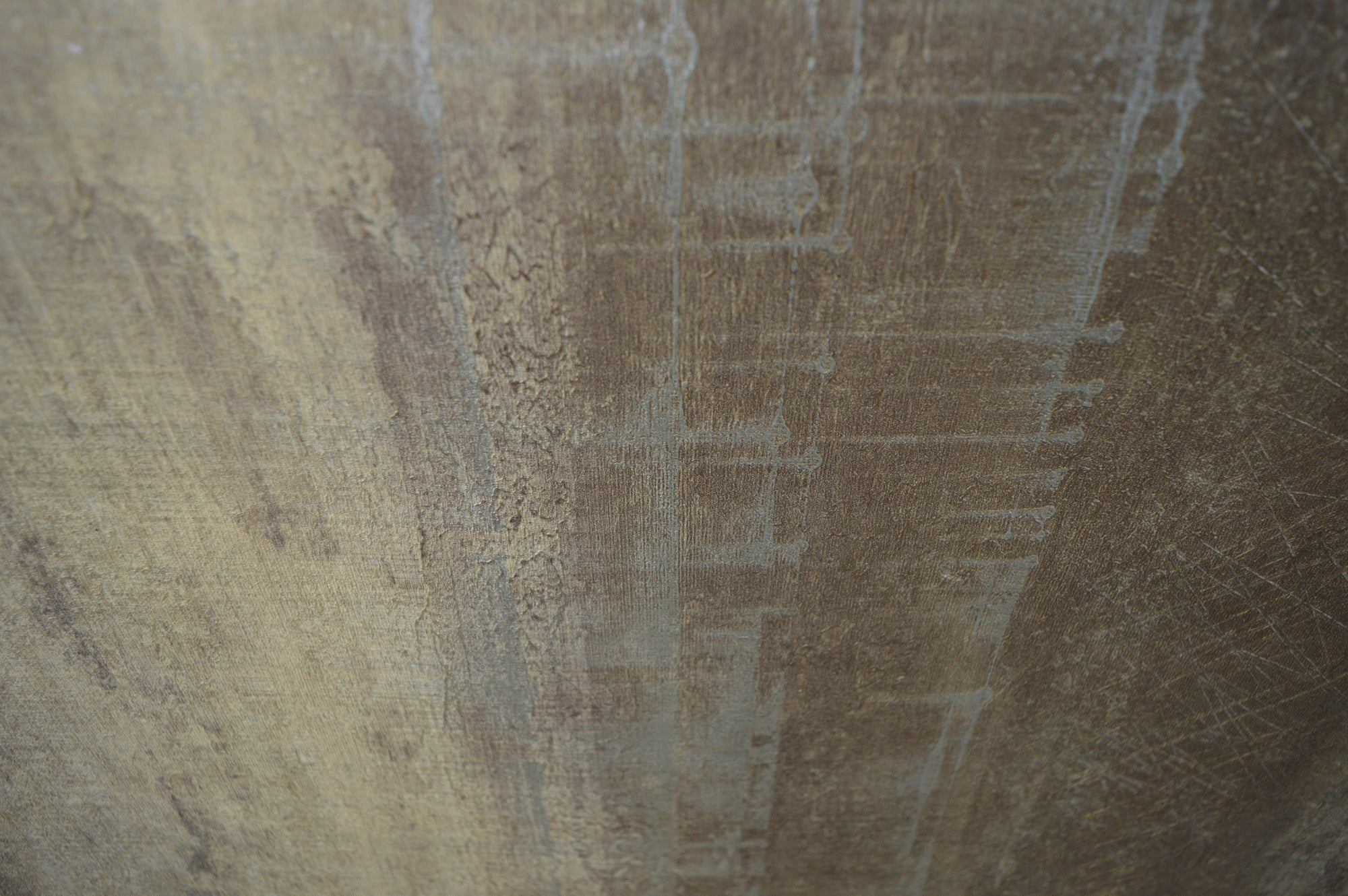 Vertical imprint in tones of brown luxury wallpaper