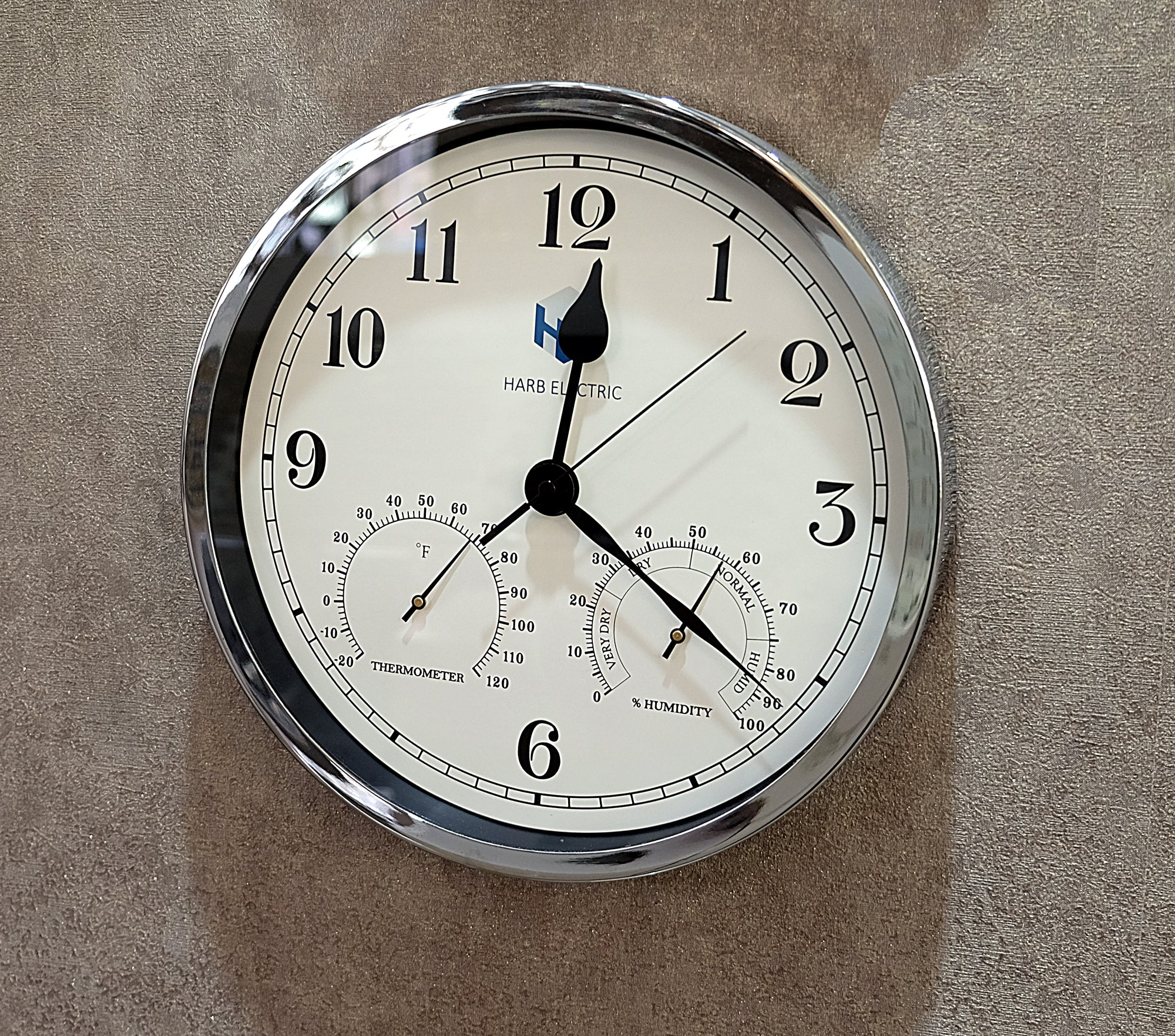 Harb Electric Clock