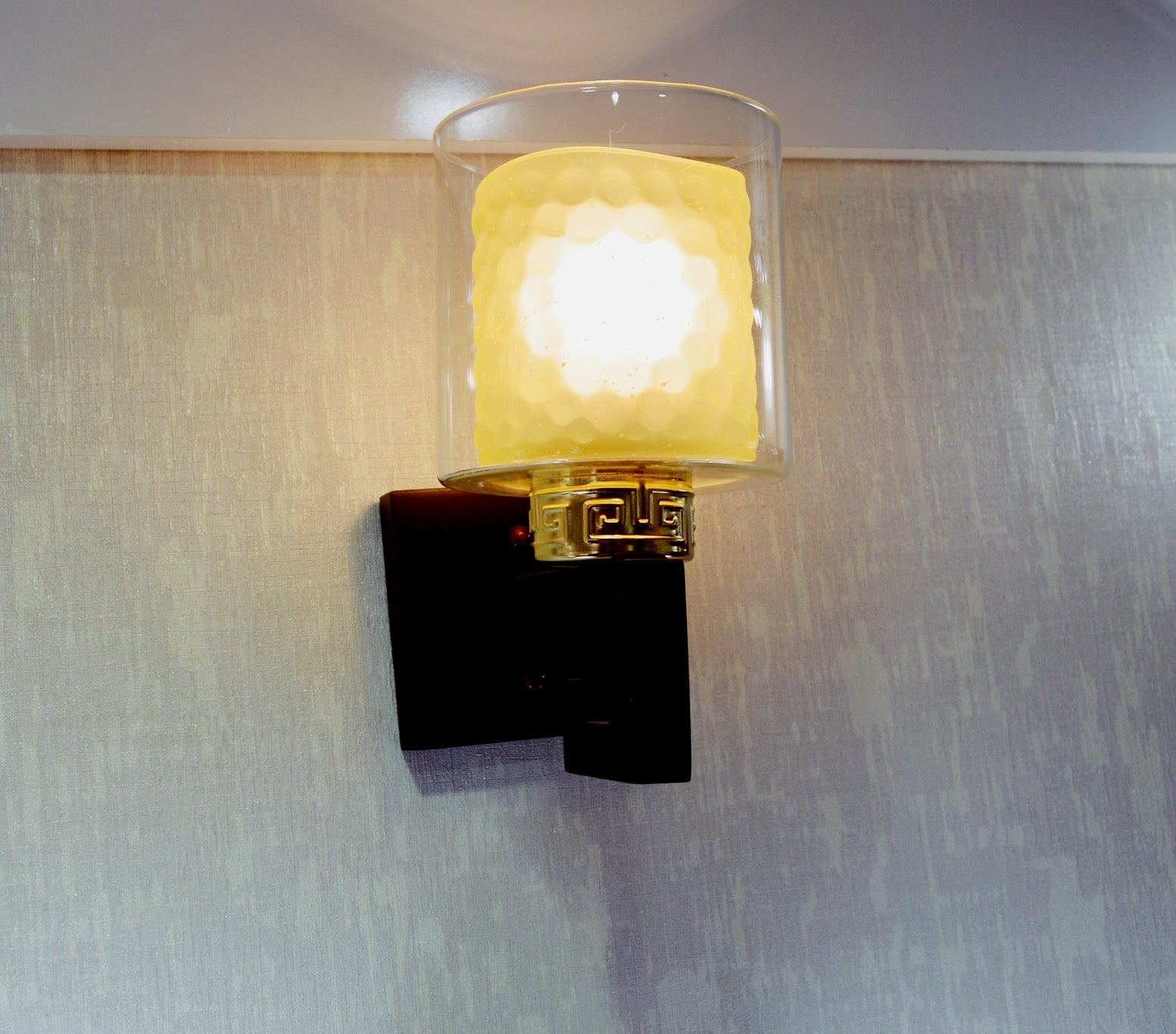 Wooden Wall Mounted Lighting (4)